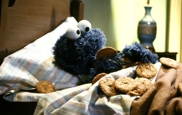 fb2c9-cookiemonsterbedtime.jpg