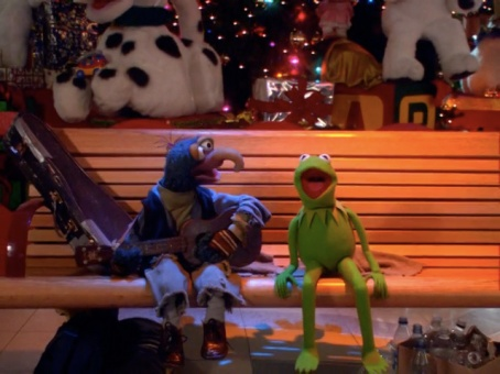11d5f-its-a-very-merry-muppet-christmas-18