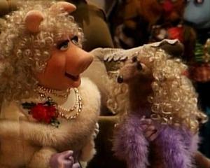 Maureen-piggy