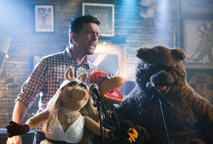ED HELMS, MISS PIGGY, SCOOTER, BOBO THE BEAR