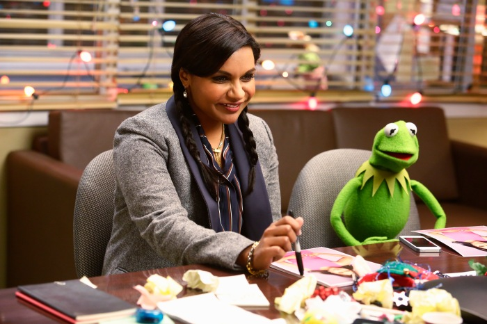 MINDY KALING, KERMIT THE FROG
