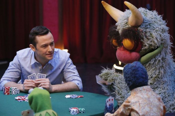 Joseph Gordon-Levitt poker Kermit Gonzo Big Mean Carl