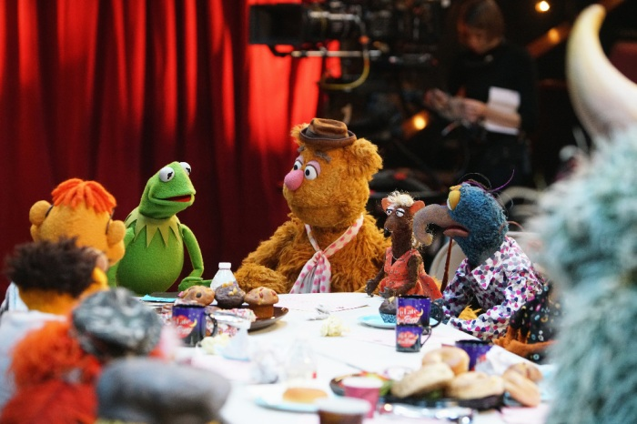 KERMIT THE FROG, FOZZIE BEAR, YOLANDA, THE GREAT GONZO