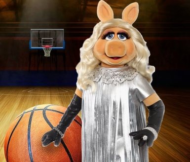 Miss Piggy Basketball