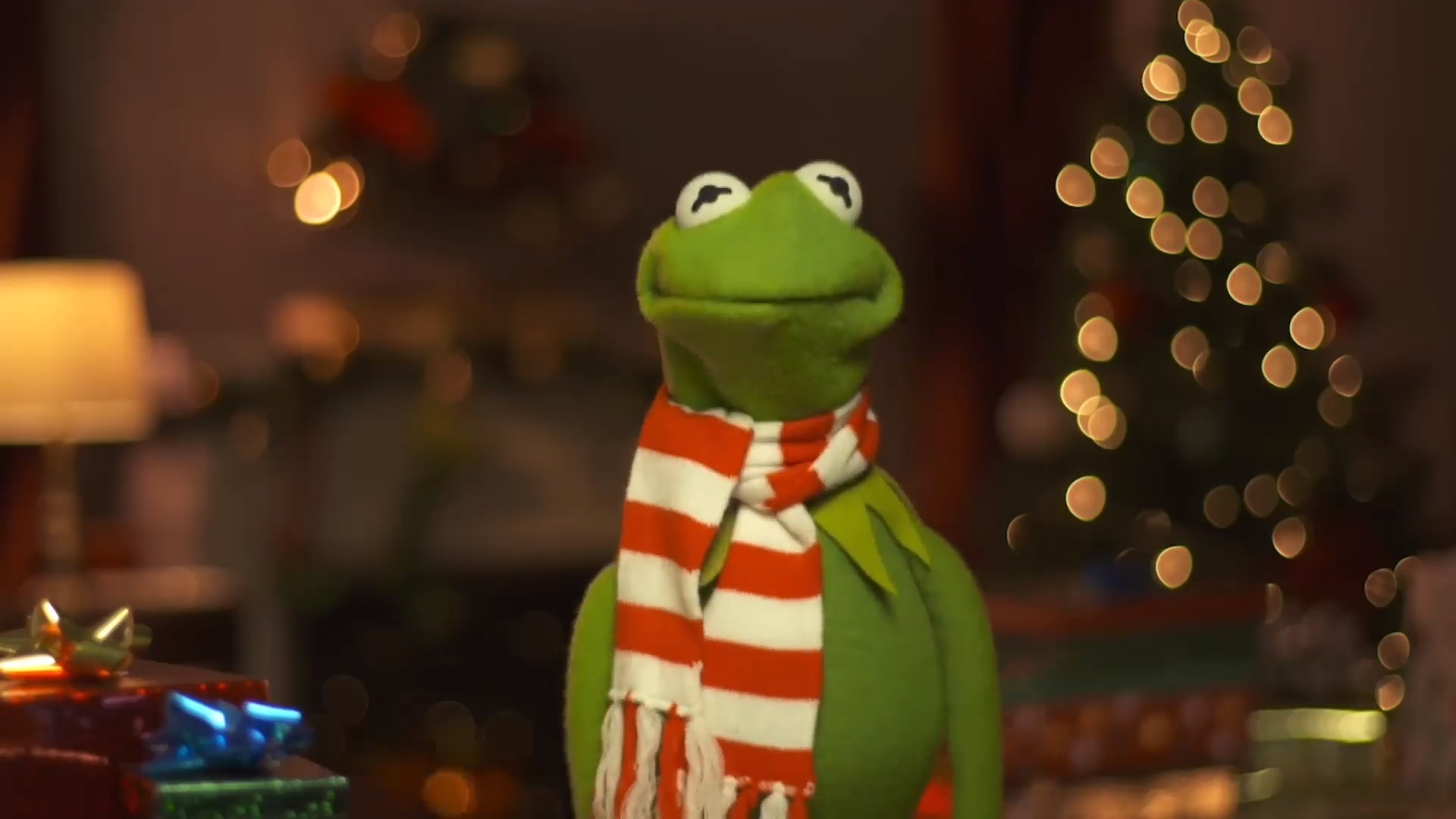 Muppet Christmas Carol Facts with Kermit